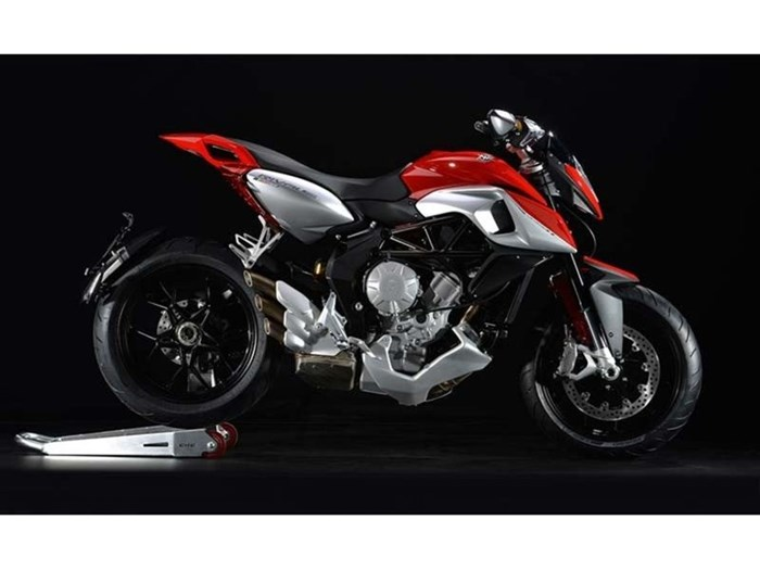 2014 MV Agusta RIVALE 800 EAS ABS Photo 1 sur 1
