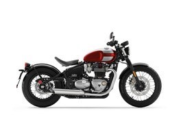 2018 Triumph Bonneville Bobber Crannberry Red / Frozen Silver Photo 1 of 1