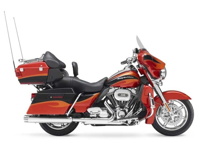 2013 Harley-Davidson FLHTCUSE8 - CVO™ Ultra Classic® Electra Photo 1 of 1
