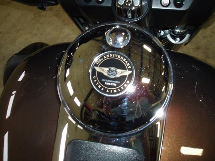 2013 Harley-Davidson FLHTK - Electra Glide® Ultra Limited 110 Photo 2 of 13