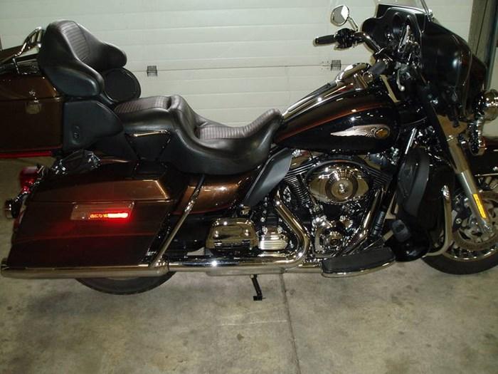 2013 Harley-Davidson FLHTK - Electra Glide® Ultra Limited 110 Photo 3 of 13