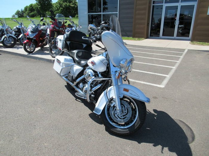 2007 Harley-Davidson Ultra Classic® Electra Glide® Photo 2 of 11