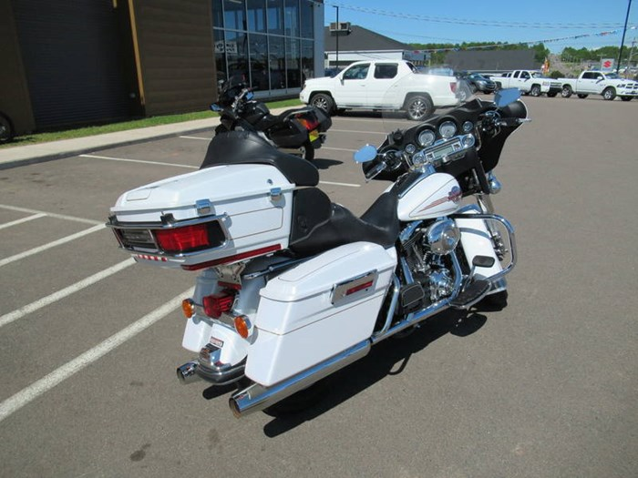 2007 Harley-Davidson Ultra Classic® Electra Glide® Photo 8 of 11