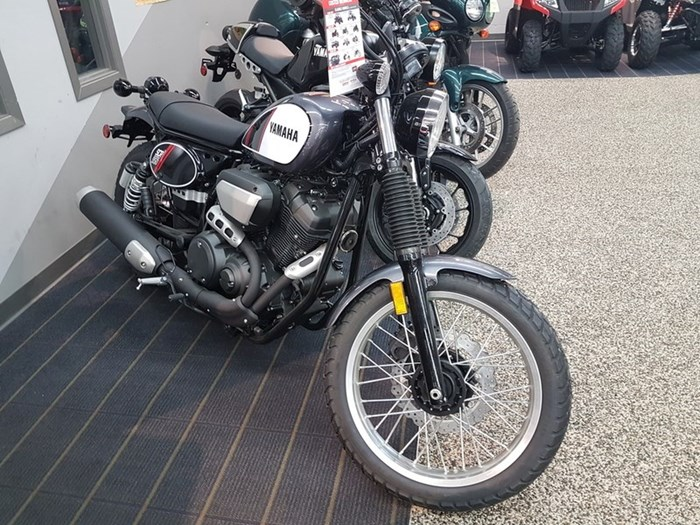 2017 Yamaha SCR950 Photo 1 of 3
