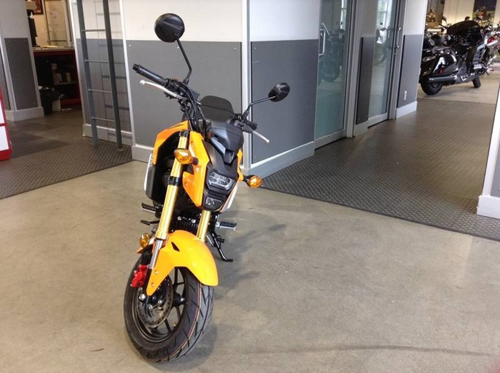 2019 Honda Grom Photo 2 of 3