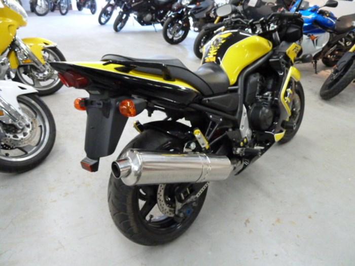 2003 Yamaha FZ1 Photo 5 of 6