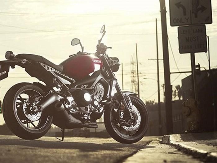 2018 Yamaha XSR900 Photo 11 of 13
