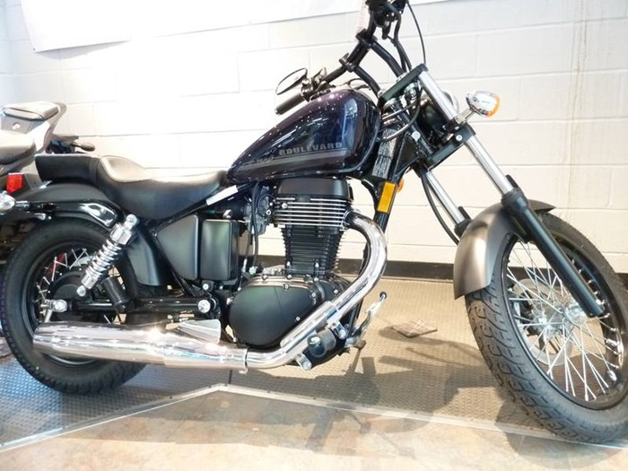 2018 Suzuki Boulevard S40 Photo 1 of 4