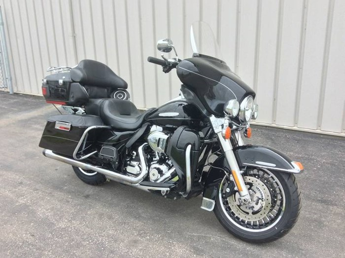 2013 Harley-Davidson FLHTK - Electra Glide® Ultra Limited Photo 2 sur 10