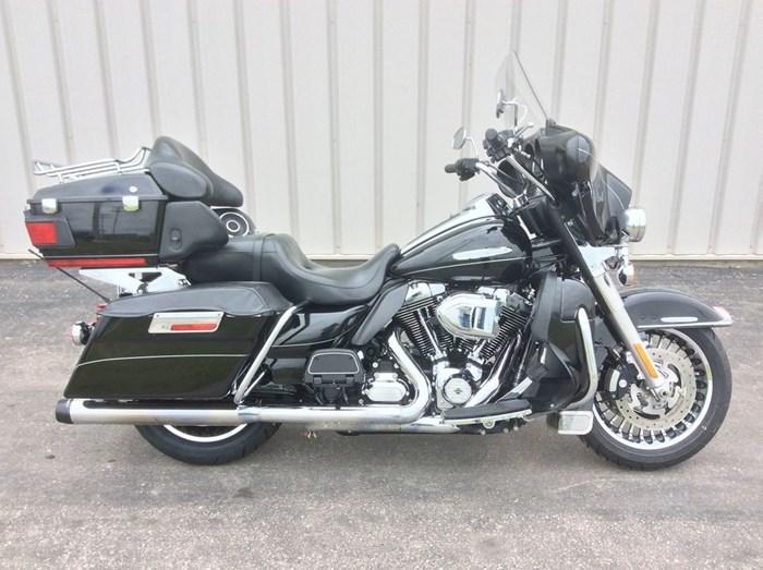 2013 Harley-Davidson FLHTK - Electra Glide® Ultra Limited Photo 4 sur 13