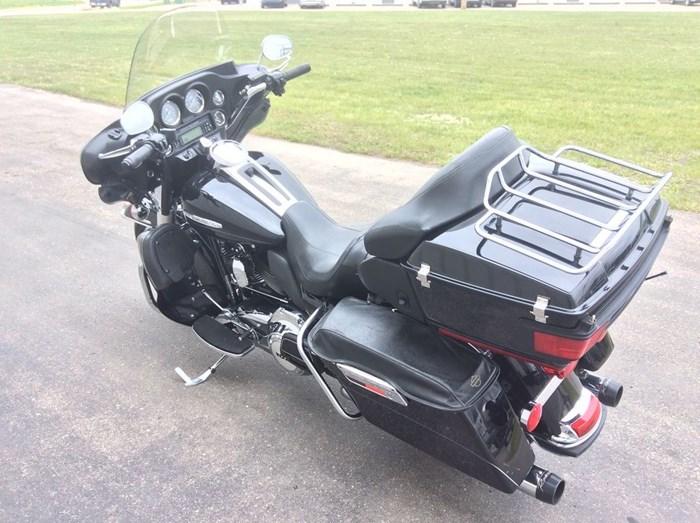 2013 Harley-Davidson FLHTK - Electra Glide® Ultra Limited Photo 12 sur 13