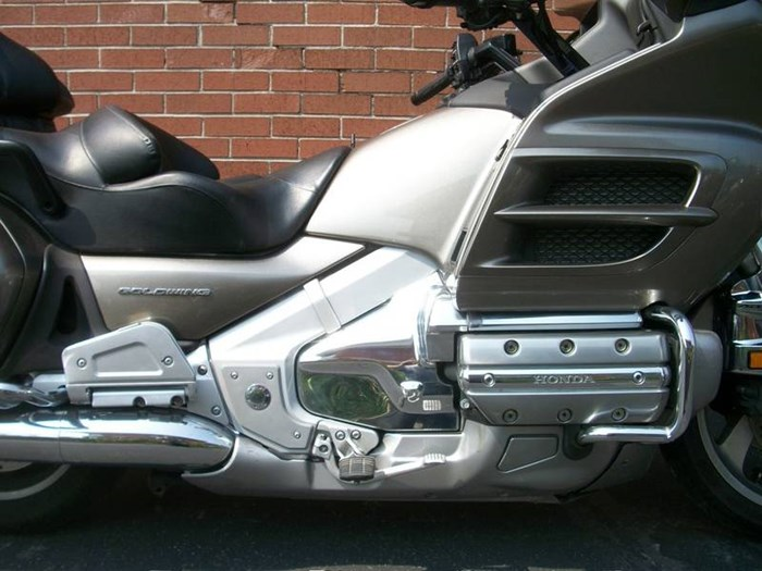 2006 Honda GL1800A Gold-Wing Photo 4 of 29