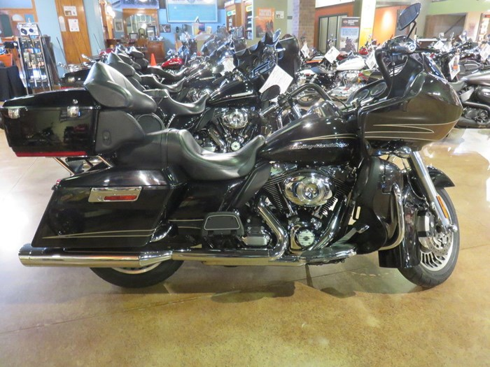 2011 Harley-Davidson FLTRU - Road Glide® Ultra Photo 1 of 11