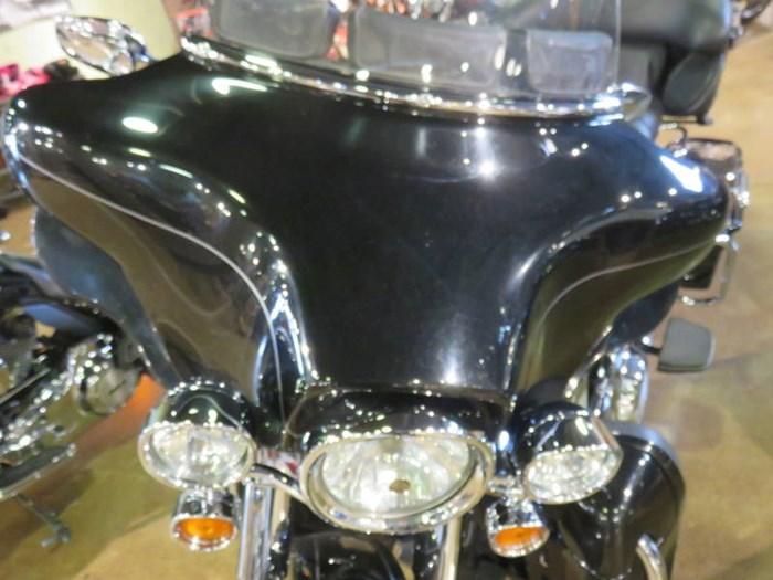 2012 Harley-Davidson FLHTK - Electra Glide® Ultra Limited Photo 2 of 13