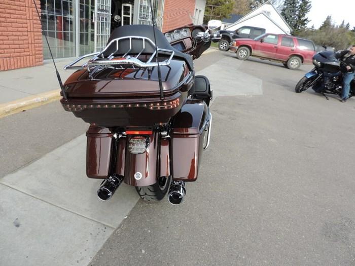 2019 Harley-Davidson FLHTKSE - CVO™ Limited Photo 6 of 8