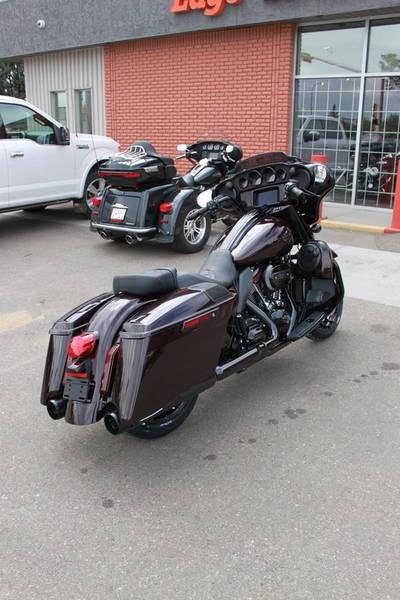 2019 Harley-Davidson FLHXSE - CVO™ Street Glide® Photo 5 of 17