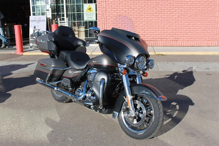 2019 Harley-Davidson FLHTK - Ultra Limited Photo 3 of 5