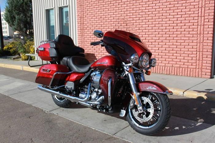 2019 Harley-Davidson FLHTK - Ultra Limited Photo 3 of 8