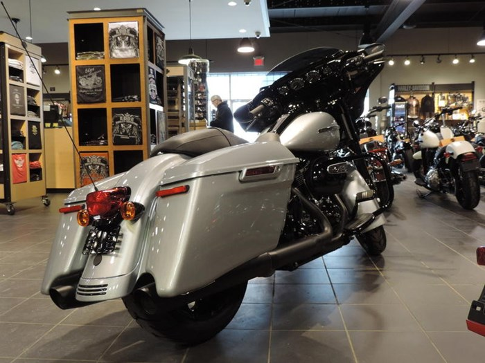 2019 Harley-Davidson FLHXS - Street Glide® Special Photo 6 of 7