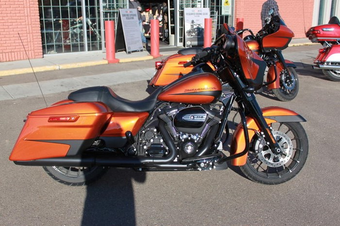 2019 Harley-Davidson FLHXS - Street Glide® Special Photo 3 of 6