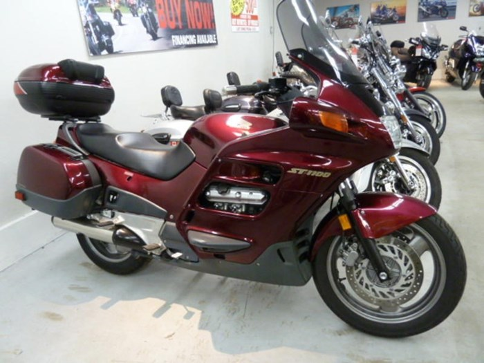 2002 Honda ST1100 Photo 1 of 8