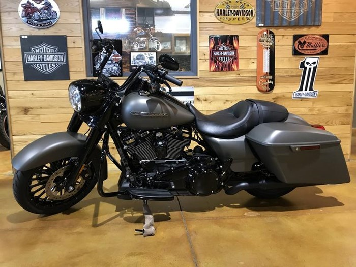 2018 Harley-Davidson FLHRXS - Road King® Special Photo 5 of 7