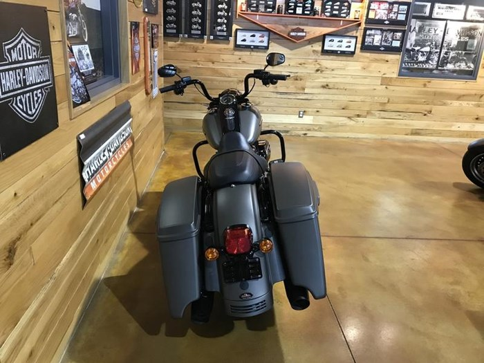 2018 Harley-Davidson FLHRXS - Road King® Special Photo 6 of 7