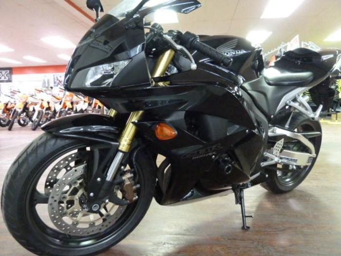 2012 Honda CBR 600RRA Photo 6 of 8