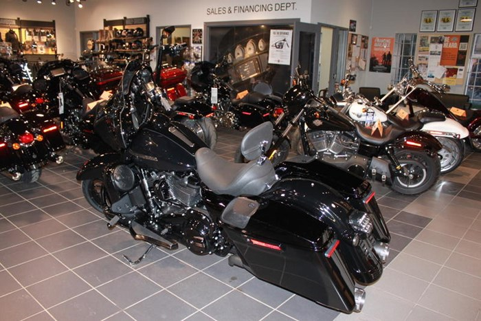 2019 Harley-Davidson FLHXS - Street Glide® Special Photo 9 of 12
