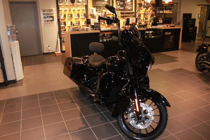2019 Harley-Davidson FLHXS - Street Glide® Special Photo 12 of 12
