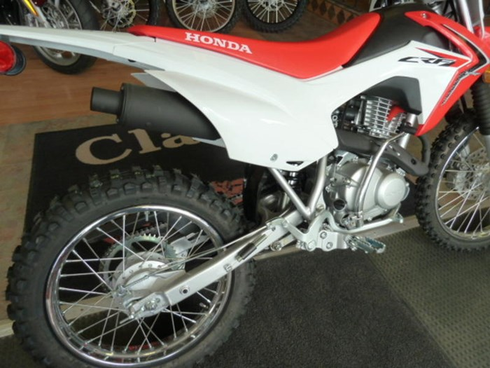 2018 Honda CRF125FB Photo 2 of 5