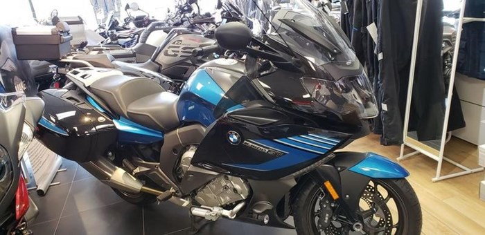BMW K1600GT Special Cosmic Blue Metallic/Bla 2016 Used Motorcycle for Sale  in Winnipeg, Manitoba - MotorcycleDealers ca