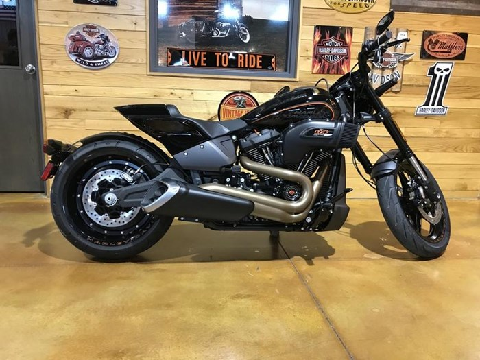 2019 Harley Davidson Fxdrs Fxdr 114: FXDR™ 114 2019 New Motorcycle For