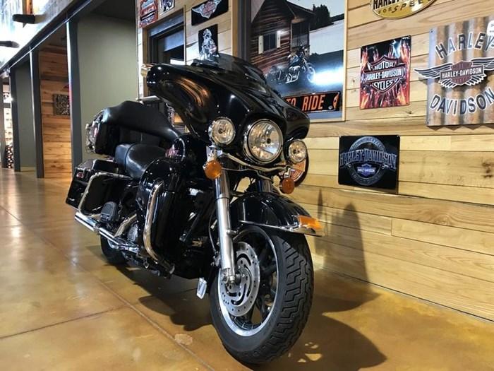 2006 Harley-Davidson FLHTI - Electra Glide Standard Photo 2 of 5