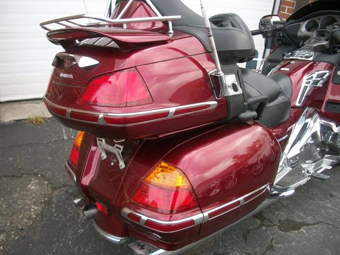 2005 Honda GL1800A 30th Anniversary Gold-Wing Photo 7 of 39