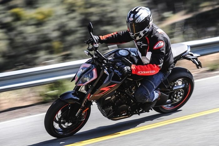 2018 KTM 1290 Super Duke R Photo 3 of 6