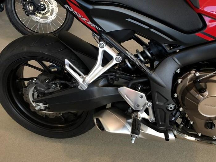 2018 Honda CB650F Photo 4 of 9