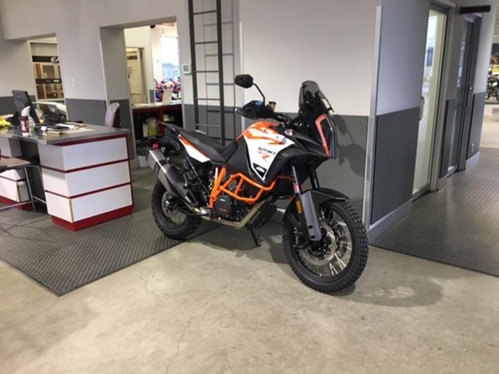 2019 KTM 1290 Super Adventure R Photo 8 of 11