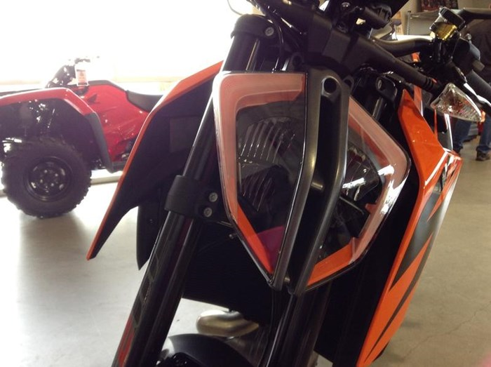 2019 KTM 1290 Super Duke R Photo 7 of 9