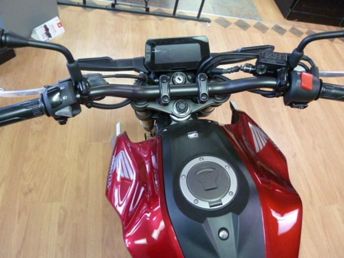 2019 Honda CB300R Photo 5 of 5
