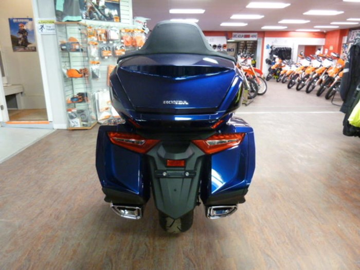 2019 Honda Gold Wing Tour DCT ABS Photo 5 of 9