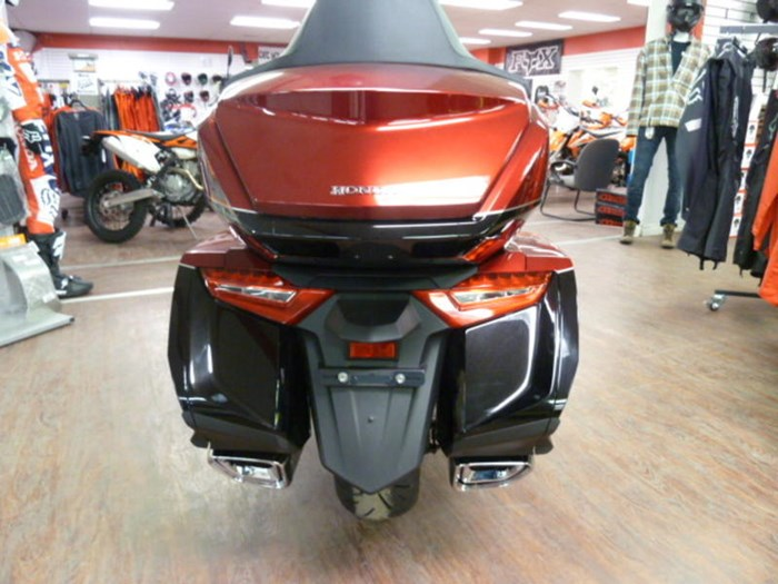 2019 Honda Gold Wing Tour DCT Airbag ABS Photo 6 of 8