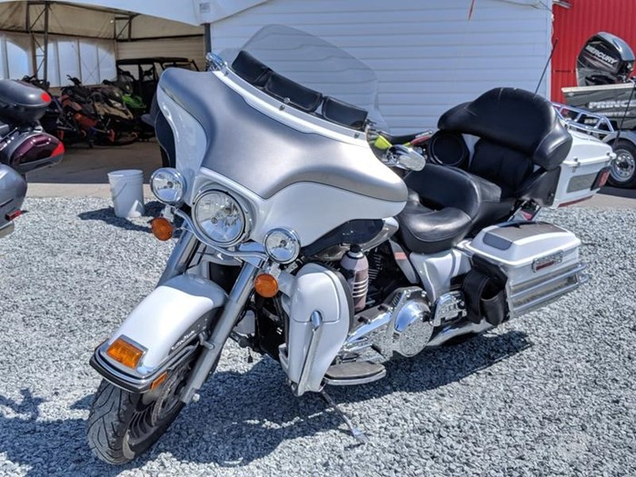 2009 Harley-Davidson Electra Glide Ultra Classic Photo 1 of 11