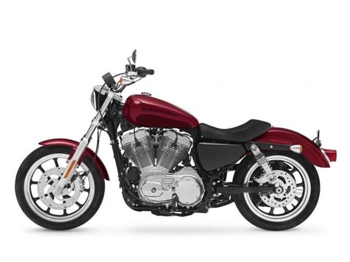 2018 Harley-Davidson XL883L - Sportster® SuperLow® Photo 2 of 6
