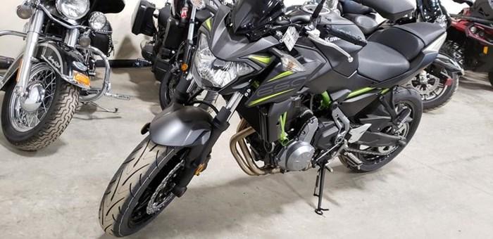 2019 Kawasaki Z650 Photo 2 of 11