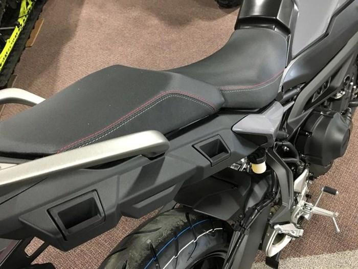 2019 Yamaha Tracer 900 Photo 8 of 12