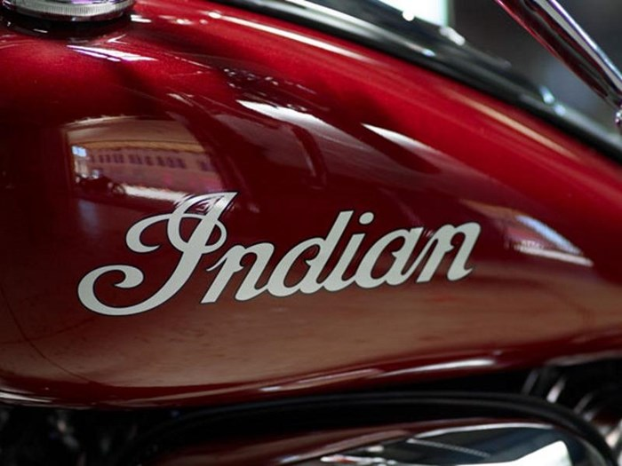 2018 Indian Motorcycle® Chief® Classic ABS Burgundy Metallic Photo 5 of 15