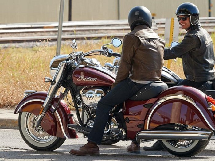 2018 Indian Motorcycle® Chief® Classic ABS Burgundy Metallic Photo 3 of 15