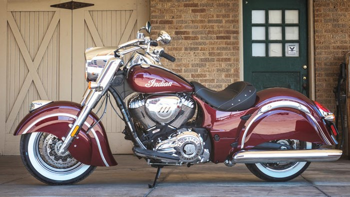 2018 Indian Motorcycle® Chief® Classic ABS Burgundy Metallic Photo 1 of 15