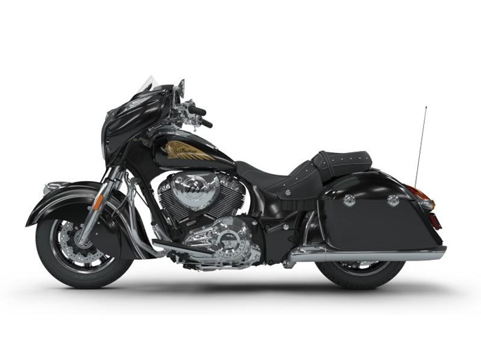 2018 Indian Motorcycle® Chieftain® Classic ABS Thunder Black Photo 1 of 5